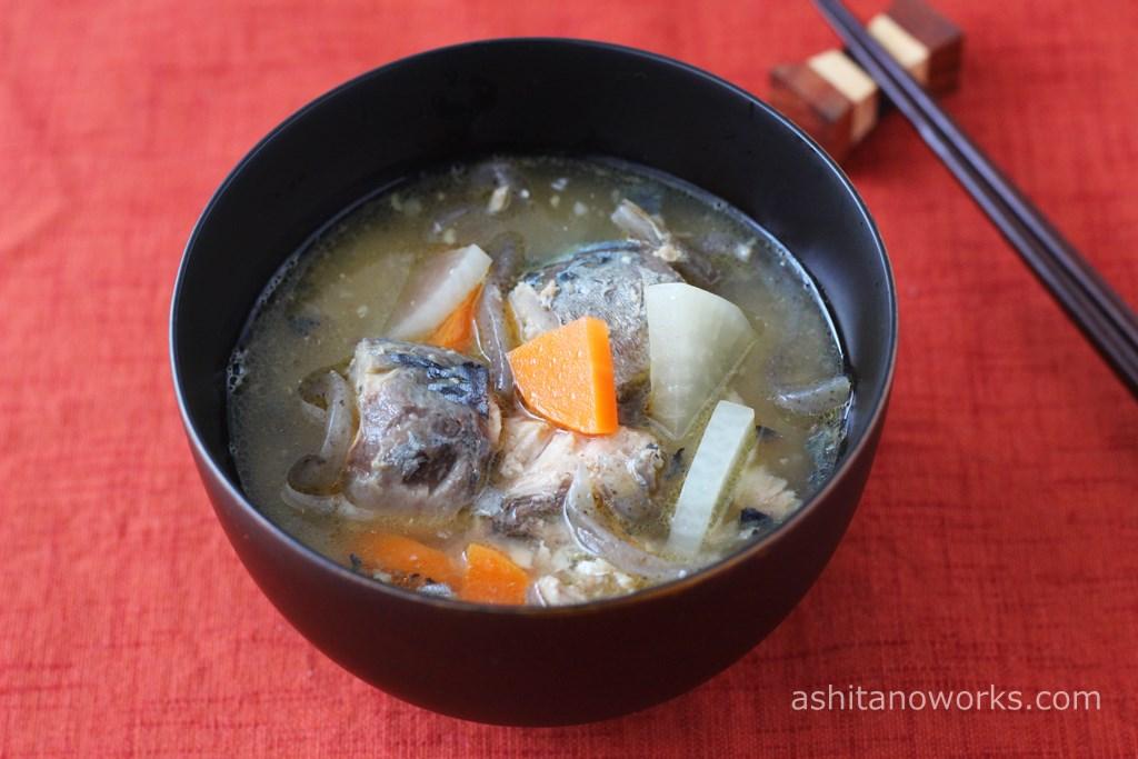 さば水煮缶詰で作る「サバ缶味噌汁」